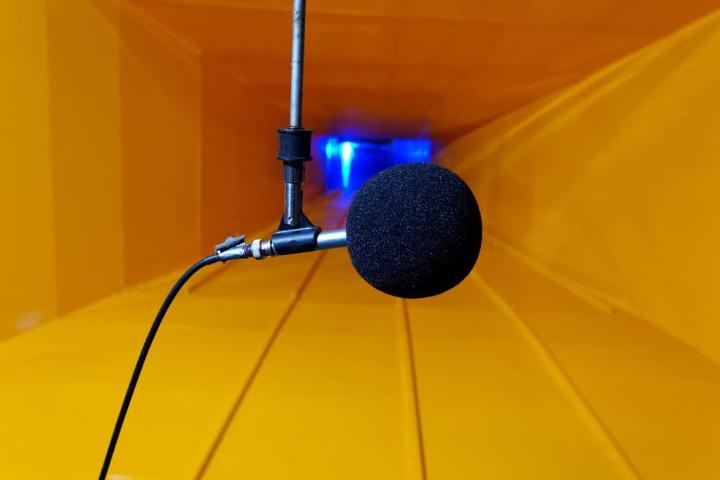 Mikrofon (c) Fraunhofer IBP